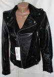 Куртки из кожзама W020